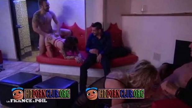 LaFRANCEaPoil.com – Eva, Marina – Eva et Marina soffrent une baise orgasmique en club [SD 406p]