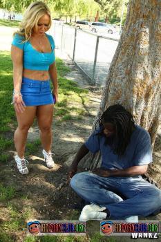 ILikeEmWhite.com/Wankz.com – Austin Taylor – Austin Taylor Gets Some Black Cock At Park [FullHD 1080p]
