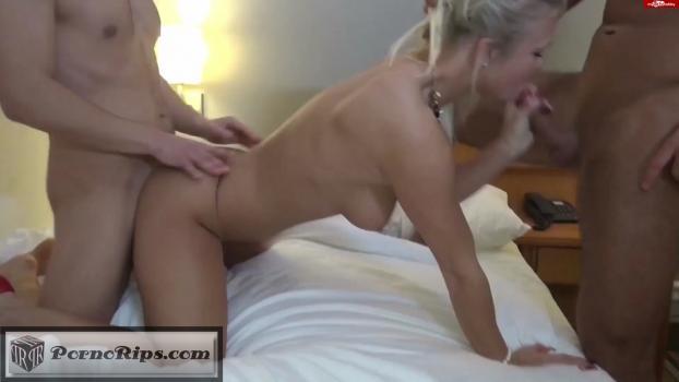 34963918_sep-7902_blonde_deutsche_lana_erwischt_ihre_beste_freundin_00_02_32_00006.jpg